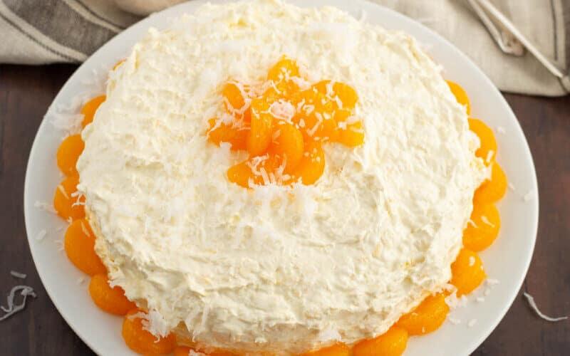 pea pickin cake with mandarin oranges