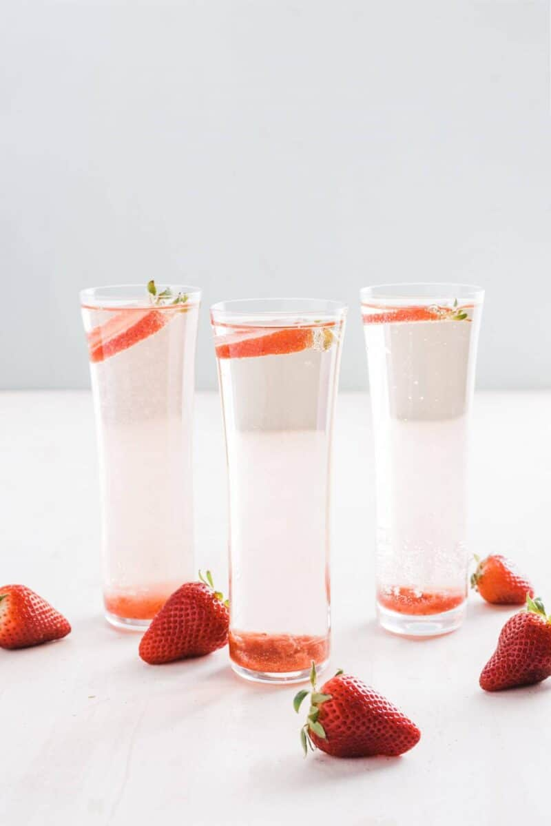 strawberry champagne rose mimosas