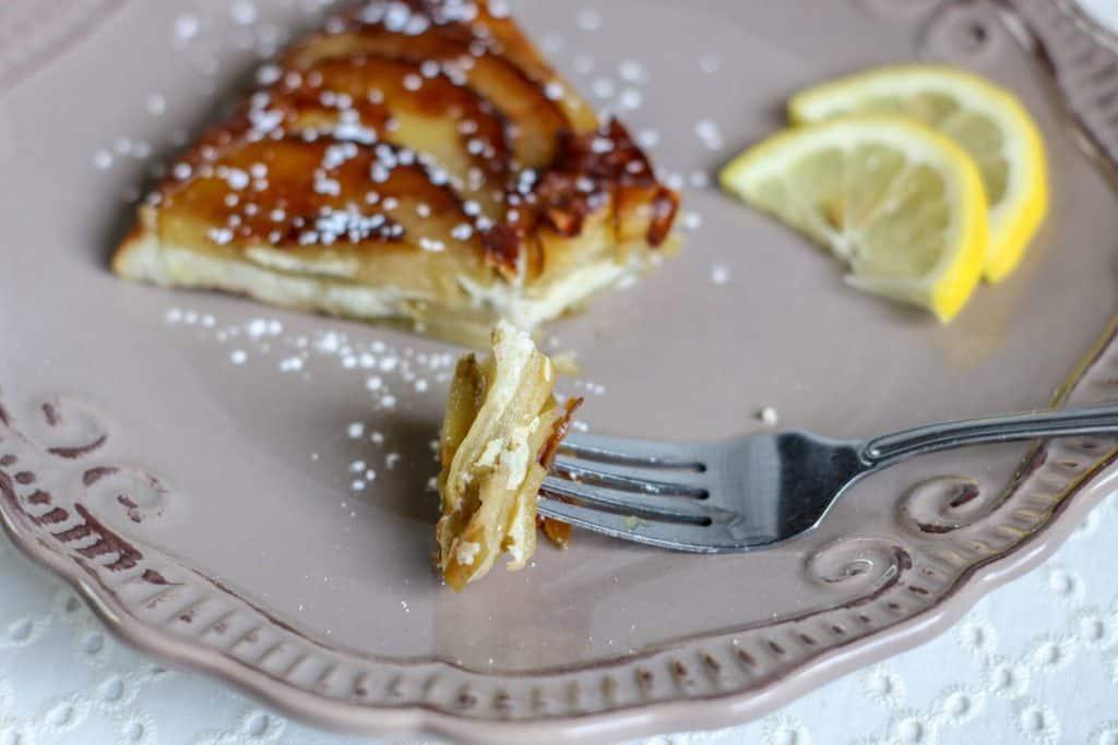 slice of apple tansey